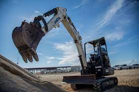 Things to Know Before Renting Mini-Excavator